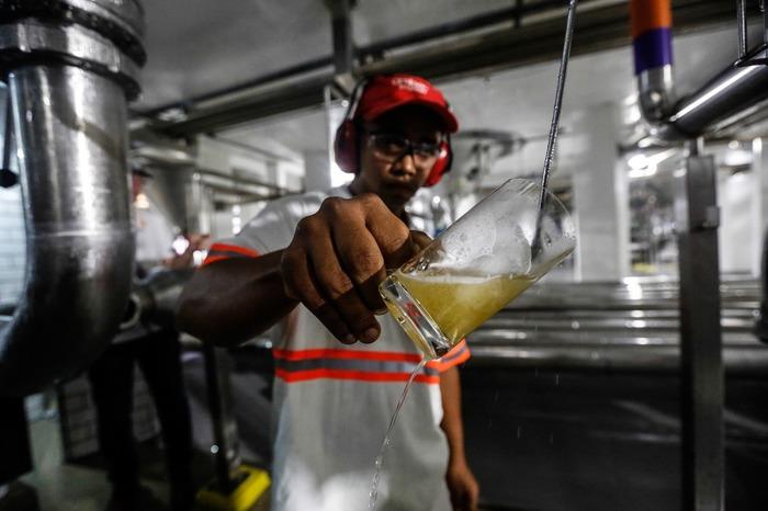 O consumidor tem o poder para escolher a cerveja que agrada mais o seu paladar. Foto: LK/Divulgação