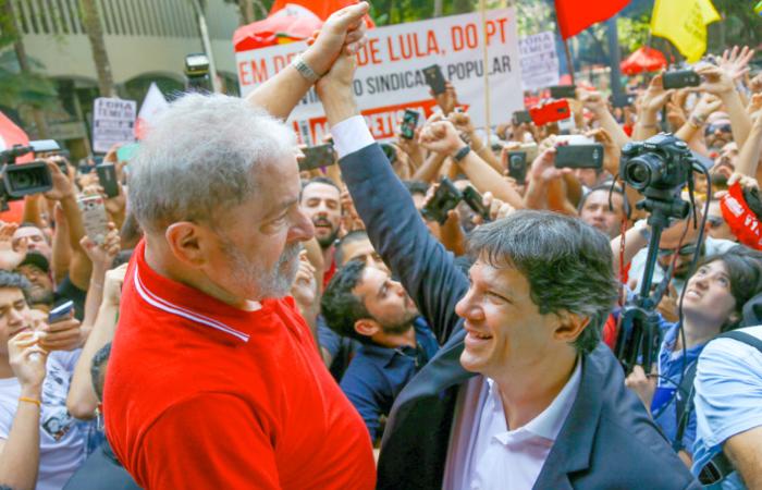 Gleisi disse que, na condição de vice, Haddad terá a tarefa de representar o ex-presidente. Foto: Ricardo Stuckert
