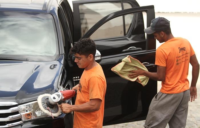 A opção de oferecer dois serviços em um único estabelecimento foi um dos motivos do investimento. Foto: Peu Ricardo / DP