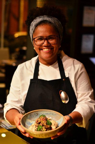 Chef pernambucana radicada em São Paulo assina cardápios especiais no Castelus e no Mingus. Foto: Carol Laranjeiras/Divulgação