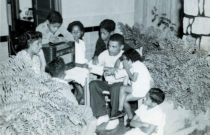 Há 80 anos, A Hora do Brasil chegava ao rádio | Local: Diario de Pernambuco