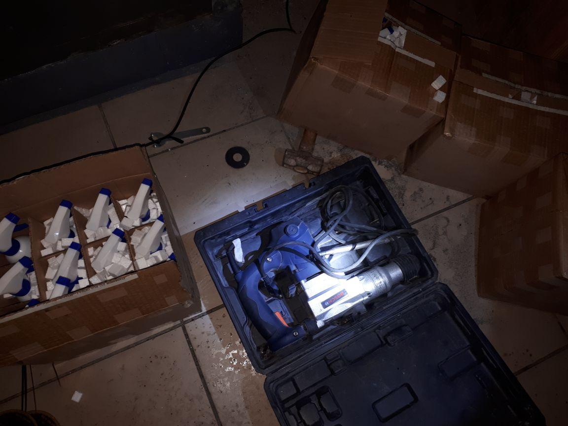 Material foi apreendido por policiais militares em posto de combustível. (Divulgação PM.)