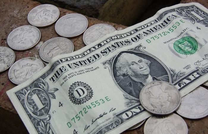 A mediana das expectativas para o câmbio no fim deste ano seguiu em R$ 3,80, ante os R$ 3,70 verificados há um mês. Foto: Reprodução/Pixabay