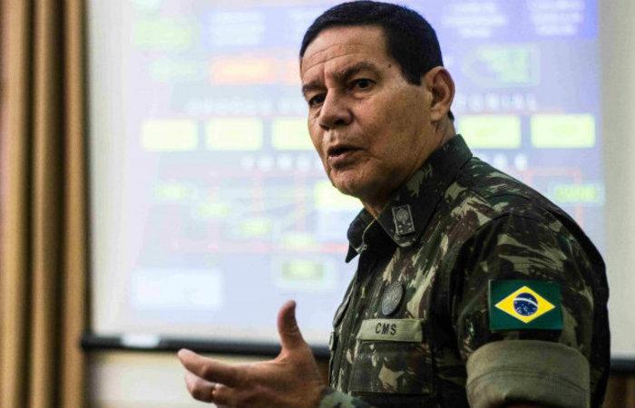 Mourão está em Brasília para uma reunião com aliados. Foto: Exército Brasileiro/ Divulgação