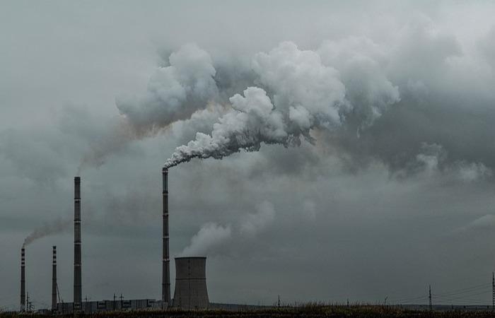 As emissões de gases do efeito estufa nos Estados Unidos deveriam registrar uma queda de 17% em 2025. Foto: Reprodução/Pixabay