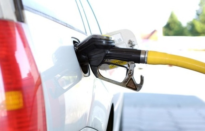 Outro fator que impulsiona o preço da gasolina é o consumo do combustível no exterior. Foto: Reprodução/Pixabay