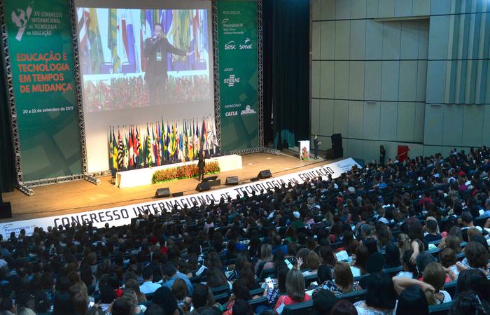 Evento propõe reflexão sobre o papel das escolas. Foto: Sistema Fecomercio/Sesc/Senac/Divulgação