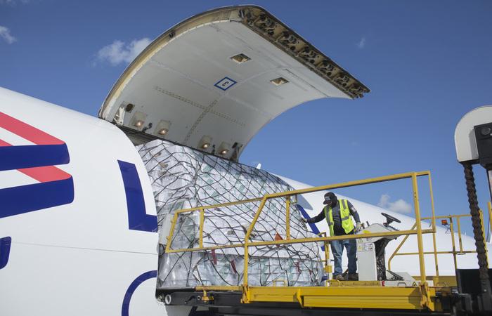 Avião cargueiro da Latam Cargo: aumento de 7,9% na movimentação de produtos. Foto: LATAM/Divulgação