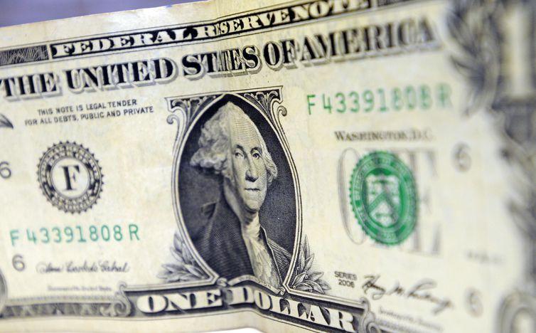 Dólar abriu hoje cotado a R$ 3,9. Foto: Arquivo/Agência Brasil