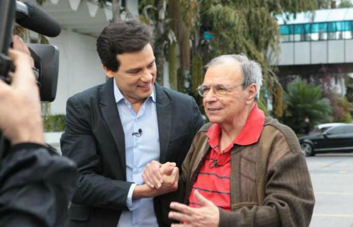Em 2016, Gil ganhou uma homenagem de Celso Portiolli no SBT/Alterosa. Foto: SBT/Divulgação