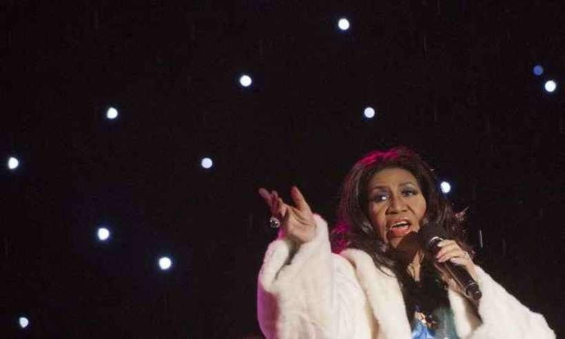 Período de ouro da carreira de Aretha Franklin é revisitado no álbum The Atlantic singles collection. Foto: Saul Loeb/AFP