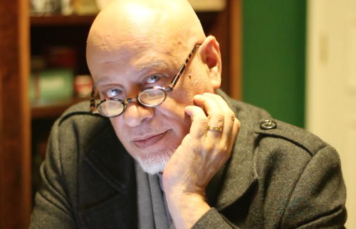 O intelectual já escreveu 15 livros, com destaque para o best seller Guia politicamente incorreto da Filosofia (2012). Foto: Facebook/Reprodução