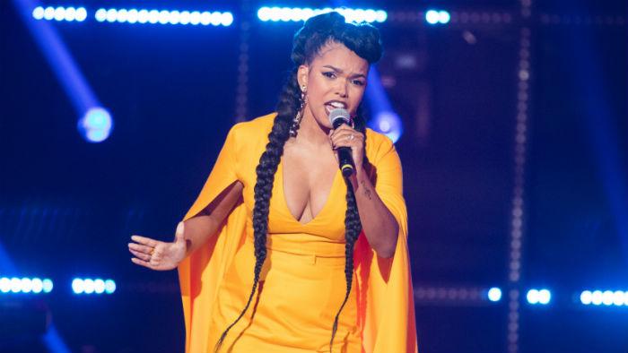 A atriz cantou Listen, de Beyoncé, e Survivor, da banda Destiny's Child, na final. Foto: Victor Pollak/Globo/Divulgação.