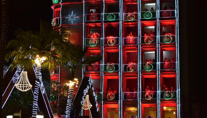 Composto por 130 vozes de crianças carentes, o Coral da Luz é uma das grandes atrações diárias do natal cearense. Foto: Falcão Júnior