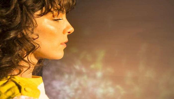 Bárbara Eugênia é a responsável pelo single Bagunça. Foto: Marcos Villas Boas/Divulgação