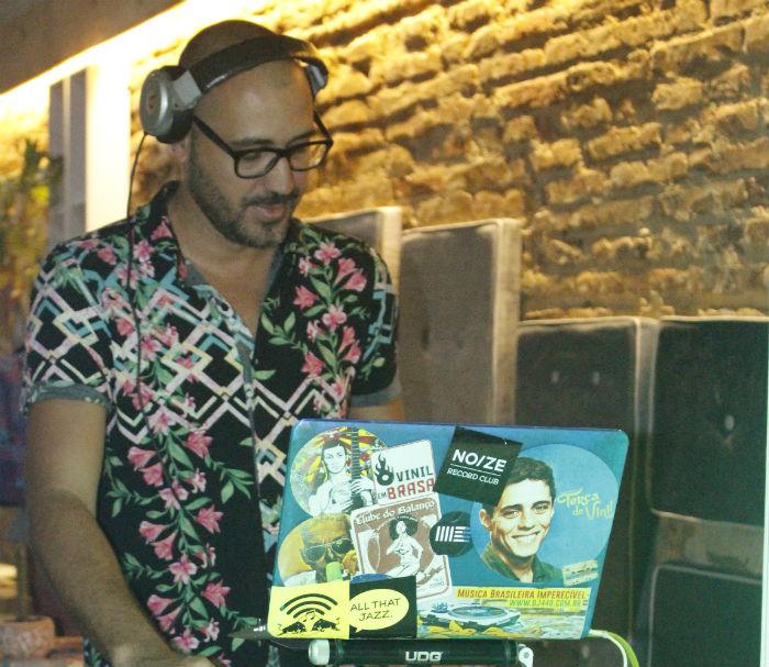 DJ440 comanda o evento. Foto: Henrique Lima / SinsPire