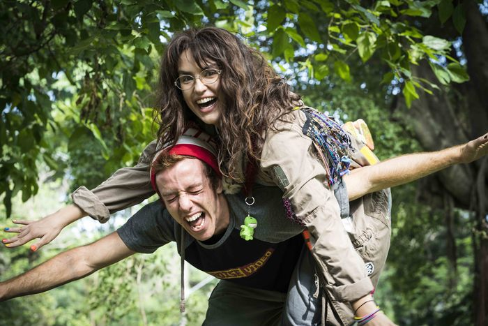 Os personagens de Buchmann e Côrtes sofrem bullying na escola. Fotos: Imagem Filmes/Divulgação