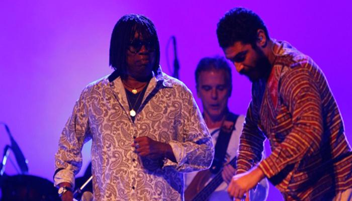 Milton Nascimento abriu o seu show cantando um hino de amor à Minas Gerais. Foto: Reprodução/Internet