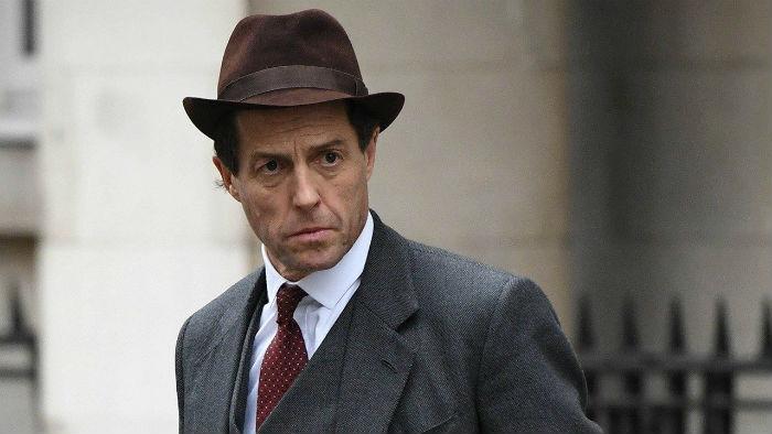 Hugh Grant apresenta Thorpe como um homem encantador, manipulador e dissimulado. Foto: BBC/Divulgação.