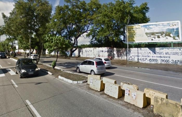 Avenida Recife, no bairro do Ipsep. Foto: Reprodução/GoogleStreetView. (Avenida Recife, no bairro do Ipsep. Foto: Reprodução/GoogleStreetView.)