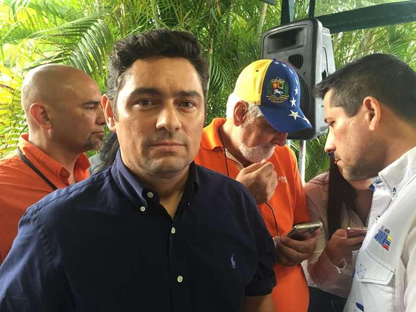 O secretário de Estado americano, Mike Pompeo disse que, após sua acreditação, Vecchio se reuniu com o subsecretário de Estado para Assuntos Políticos, David Hale, que reafirmou o firme apoio dos Estados Unidos à liderança do presidente interino Guaidó na Venezuela. Foto: Yuri Gripas / AFP