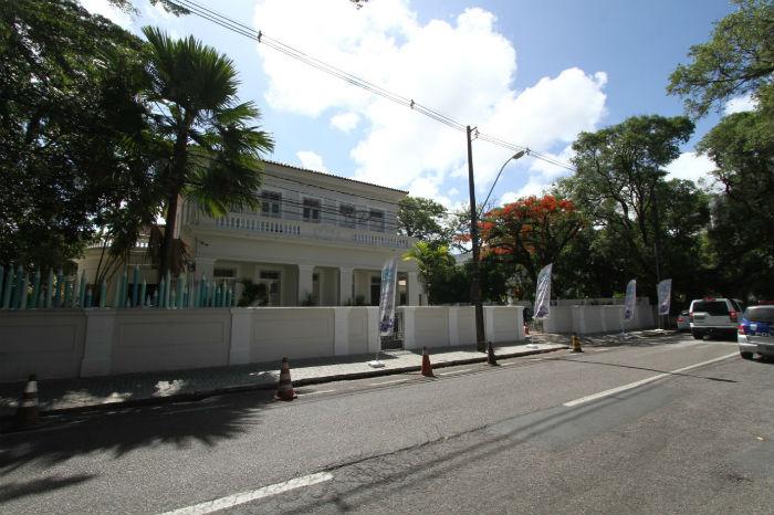 Unidade de ensino funciona na Rua Benfica, bairro da Madalena. Foto: Peu Ricardo/DP.
