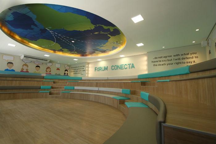 A sala Fórum permite que professores e estudantes participem de debates. Foto: Peu Ricardo/DP.