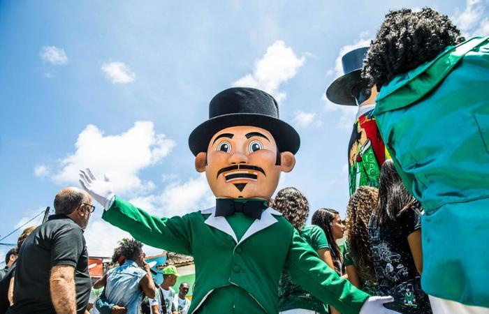 O mascote representa todas as crianças que vestem a fantasia do Homem da Meia-Noite para brincar o carnaval. Foto: Camila Pifano/Esp.DP