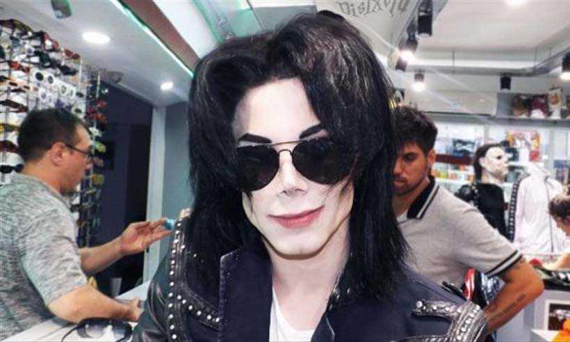 Leo Blanco tem 22 anos, mora em Buenos Aires e trabalha como cover de Michael. Foto: reprodução