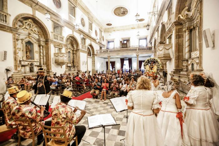 A orquestra do Bloco das Flores se apresentou na última edição do projeto. Foto: Andréa Rêgo Barros/Divulgação.