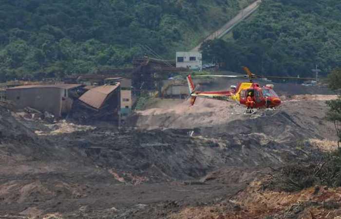 Equipamento prejudica trabalho dos bombeiros. Foto: Tulio Santos/ Estado de Minas