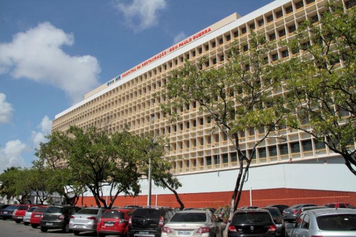 Sala da enfermaria do Hospital da Restauração atingida deve ficar pronta amanhã. Foto: Secretaria Estadual de Saúde