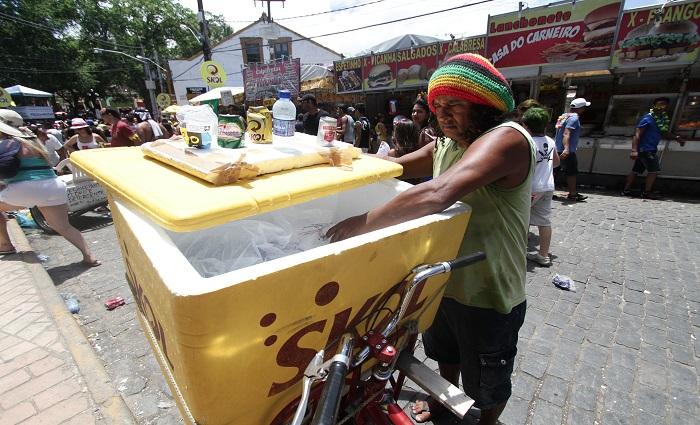 Ambulantes podem se cadastrar a partir de hoje. Foto: Alcione Ferreira/DP/Arquivo.