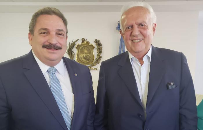 Presidente da Alepe junto ao senador Jarbas Vasconcelos. Foto: Divulgação