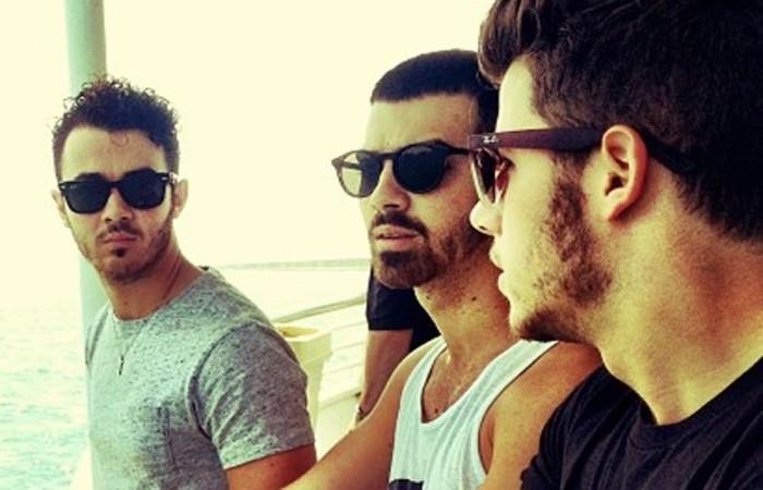 Kevin Jonas, Joe Jonas e Nick Jonas. Foto: Reprodução/Instagram