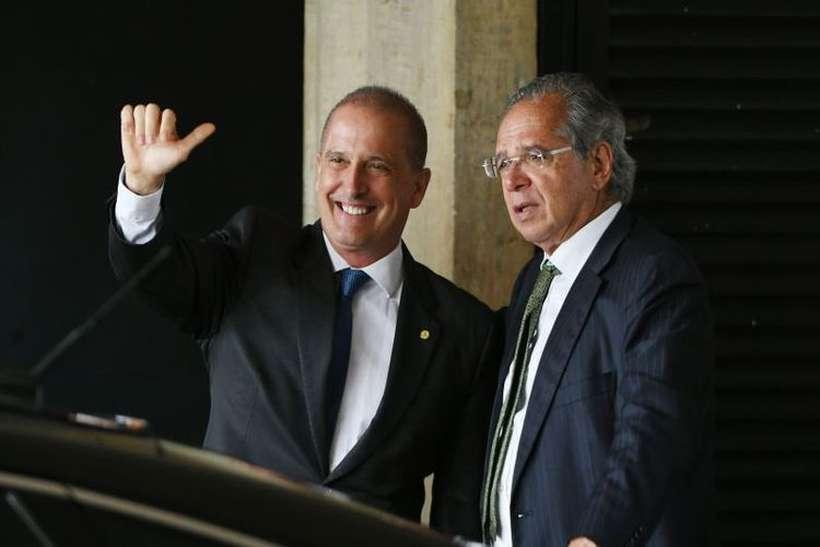 Onyx Lorenzoni é um dos responsáveis por fazer com que a reforma pensada pelo ministro Paulo Guedes, com ou sem mudanças, seja aceita pelo Congresso. Foto: Ed Alves/CB/D.A Press - 21/11/18