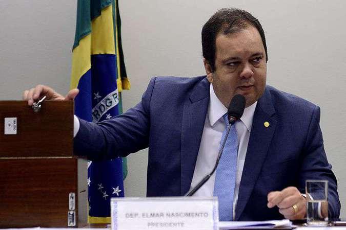 Líder do DEM na Câmara, Elmar Nascimento (BA) diz que reforma deve atacar privilégios, mas não afetar as pessoas mais pobres. Foto: Wilson Dias/Agência Brasil - 27/3/18