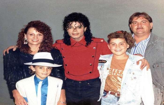 Documentário produzido pela HBO reúne depoimentos de crianças que conviveram com Jackson em Neverland. Foto: Reprodução/HBO