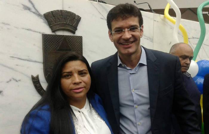 A então candidata Zuleide Oliveira com Marcelo Álvaro Antônio. Foto: Reprodução