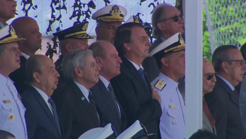 Esta é a primeira cerimônia oficial de Bolsonaro no Rio desde que assumiu a Presidência, em 1º de janeiro deste ano. Foto: Reprodução/Globo News