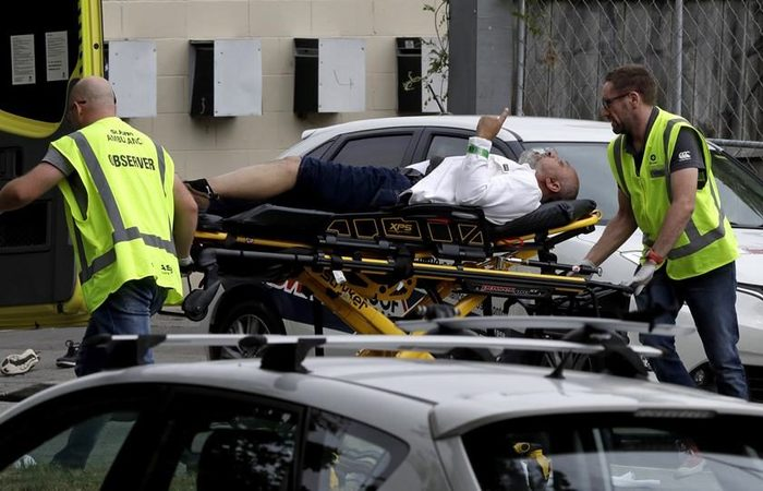 Ao menos 49 pessoas morreram e 48 outras ficaram feridas no ataque - Foto: Mark Baker/Associetad Press