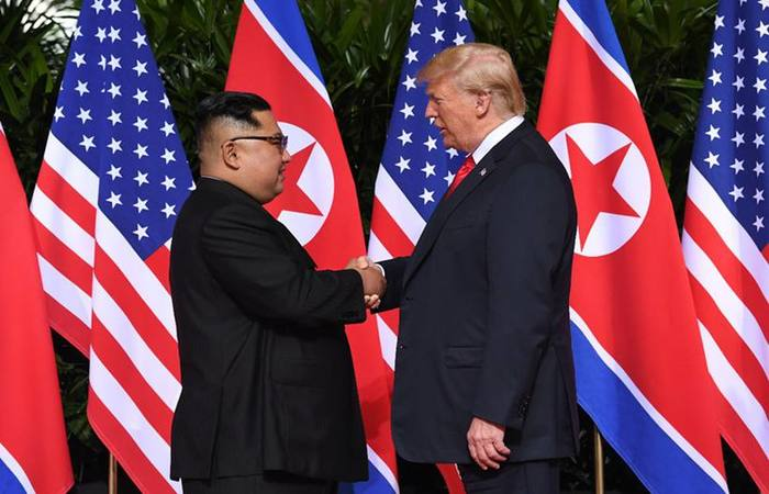 Líderes se encontraram pela segunda vez em fevereiro, no Vietnão. Entretanto, não houve denominador comum. Foto: Saul Loeb/AFP