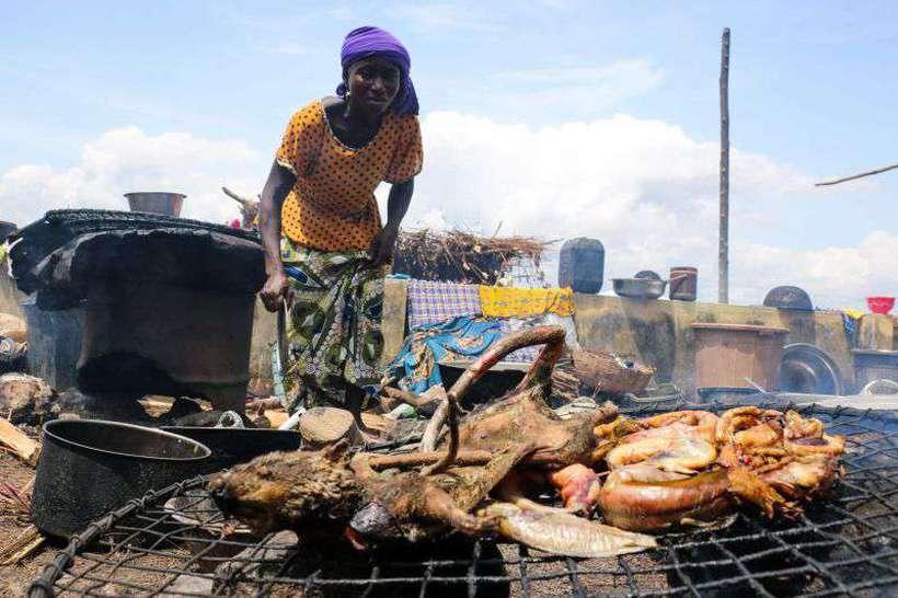Mais da metade das 113 milhões de pessoas que sofrem fome no mundo vivem em 33 países africanos, incluindo Etiópia, Sudão e Nigéria. Foto: AFP / SODIQ ADELAKUN