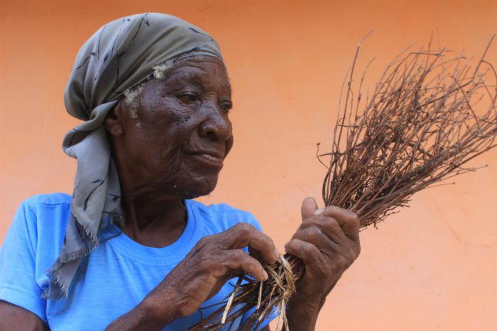 Judite é uma das moradoras mais antigas do povoado. Foto: Sandro Barros
