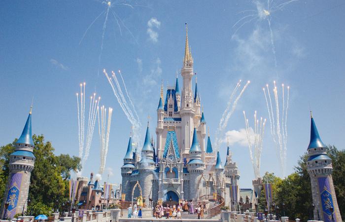 Magic Kingdom: medida visa facilitar vida de familiares que esperam encontrar ambientes saudáveis para seus filhos. Foto: Divulgação/Disney