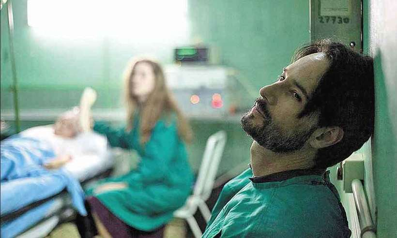 Rodrigo Santoro interpreta especialista que se dedica a crianças com câncer afetadas pela tragédia de Chernobyl. Foto: Galeria Distribuidora/Divulgação