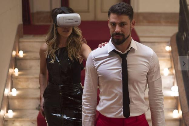 Alice entra na fase do sexo no mundo digital, óculos de realidade virtual, competição feminina e rotina em família. Foto: Desirée do Valle/Divulgação