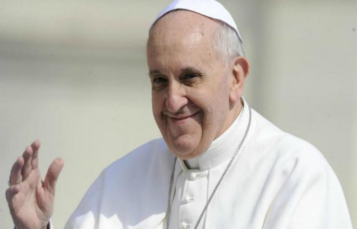 """Francisco diz que """"o telefone celular é uma droga"""". Foto: AFP"""