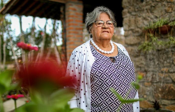 Socorro Timóteo, mãe da proprietária da casa. Foto: Chico Andrade/SeturPE