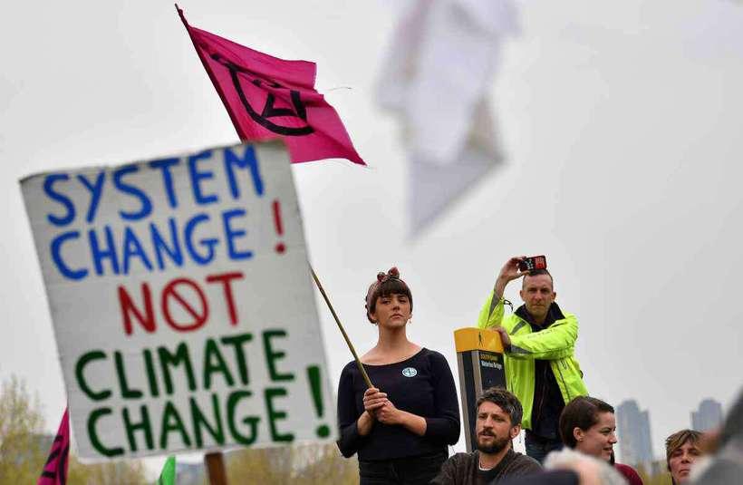O movimento anunciou, dentro de sua 'rebelião internacional', protestos em 80 cidades de 30 países, até 22 de abril. Foto: BEN STANSALL / AFP